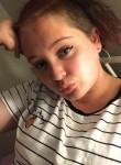 Kayla, 19  , Townsville