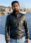 Sumit, 33, Oslo