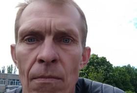 Aleksei, 46 - Just Me