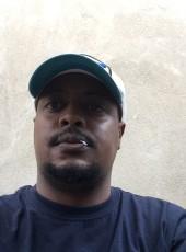 Lewis, 26, Kenya, Nairobi