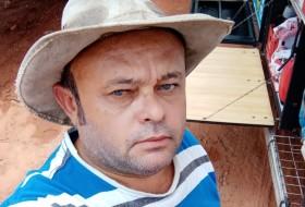Norvino , 51 - Just Me