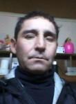 Roberto, 52  , Santiago