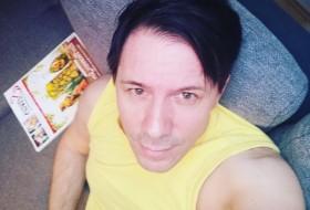 Niko , 48 - Just Me