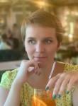 Vika, 33  , Saint Petersburg