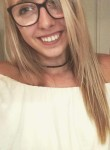 Léa, 20  , Creil
