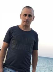 Nasa, 37, Albania, Tirana