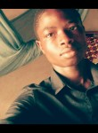 François, 18  , Yaounde