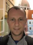 Vasiliy, 36, Riga