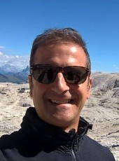 Gianluca, 43, France, La Defense