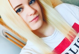 mariya, 19 - Just Me