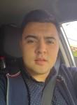 gibran, 25  , Santiago