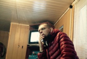 Andrey , 45 - Just Me