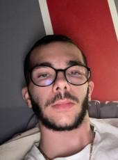 Axel, 21, France, Paris