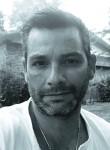 Christian, 46  , Friedrichshafen