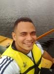Gustavo, 30  , Recife