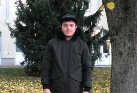 Alexandr, 28 - Just Me