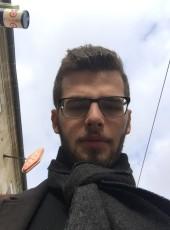 Benoît, 21, France, Villeneuve-sur-Lot