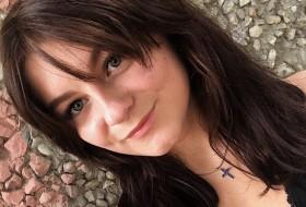 Kseniya, 21 - Just Me