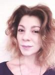 Yuliya, 26, Saint Petersburg