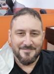 Alberto , 42  , Barcelona