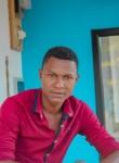 Roland, 27  , Sambava