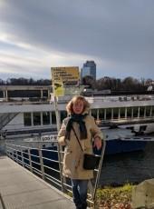 Lilia, 56, Ukraine, Kiev