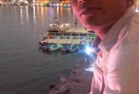 Rahul, 19 - Just Me