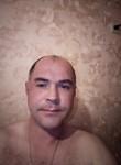 Vladislav , 39  , Orel