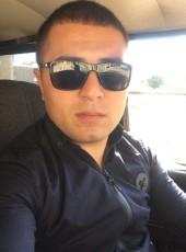 Elmar Mahmudov, 30, Azerbaijan, Baku