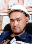 Den , 31, Nevyansk