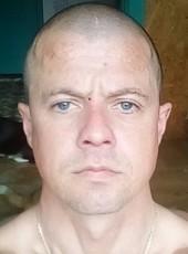 Aleksey, 32, Russia, Udomlya