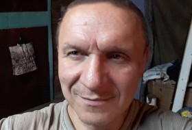 Pavel, 52 - Just Me