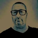 Vincenzo, 51  , Frattamaggiore