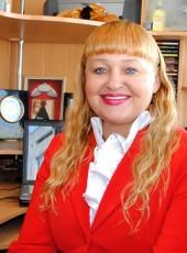 Alena, 48, Russia, Sevastopol