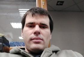 Vasia, 35 - Just Me