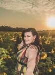 Mona Cyanide, 29, Muscatine
