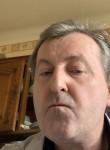 Yves, 55  , Metz