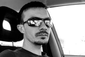 Artyem, 30 - Just Me