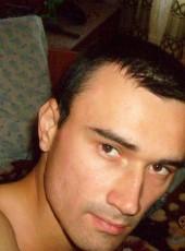 Volodya, 37, Russia, Trekhgornyy