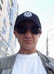 Konstantin, 43, Novosibirsk