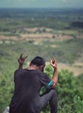 ko ko, 24, Myanmar (Burma), Mandalay
