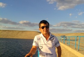 Nurik, 42 - Just Me