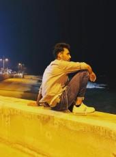 Hash, 23, Kuwait, Hawalli