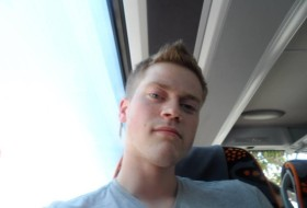 Hannes, 28 - Just Me
