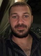 Oleg, 37, Russia, Gelendzhik