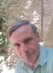 Alexandre, 57  , Avignon