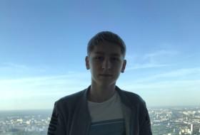 arsen, 18 - Just Me