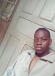 Loïc, 20  , Yaounde