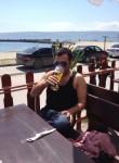 Artur, 40  , Armenia
