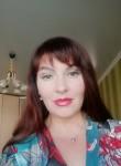 Lara, 47  , Chita